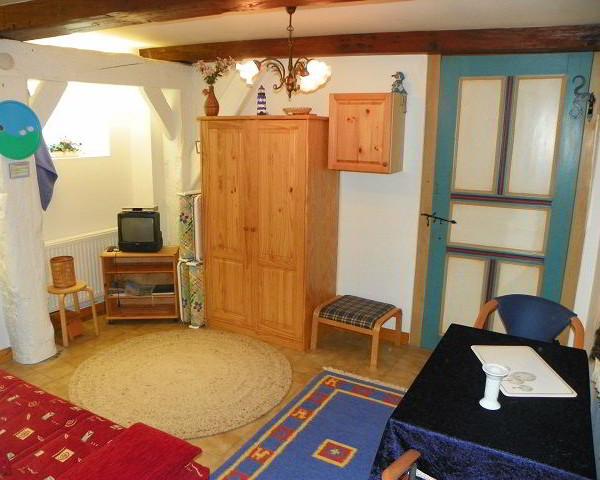 Ferienwohnung-Nr.2-Norden-Wohnzimmer-Nordfriesland